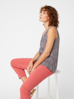 Lupin Knot Front Jersey Vest