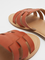 Cut Out Leather Slider