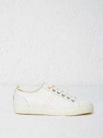 Pineapple Leather Lace Up