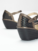 Fly Yven029 Wedge Sandal