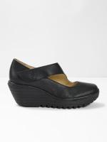 Fly Yasi682 Shoe