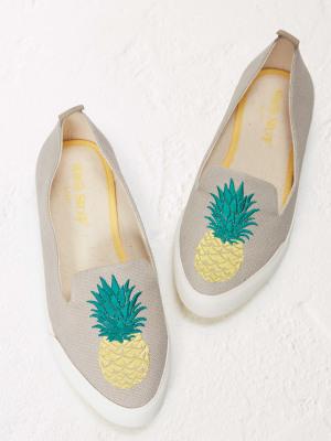 Pineapple Pointed Slip On Pump