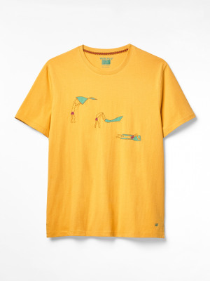 Sunbathing Graphic Tee
