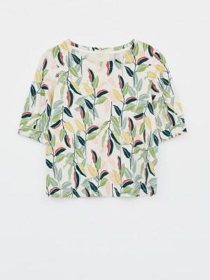 Leaf Print Tuck Tee