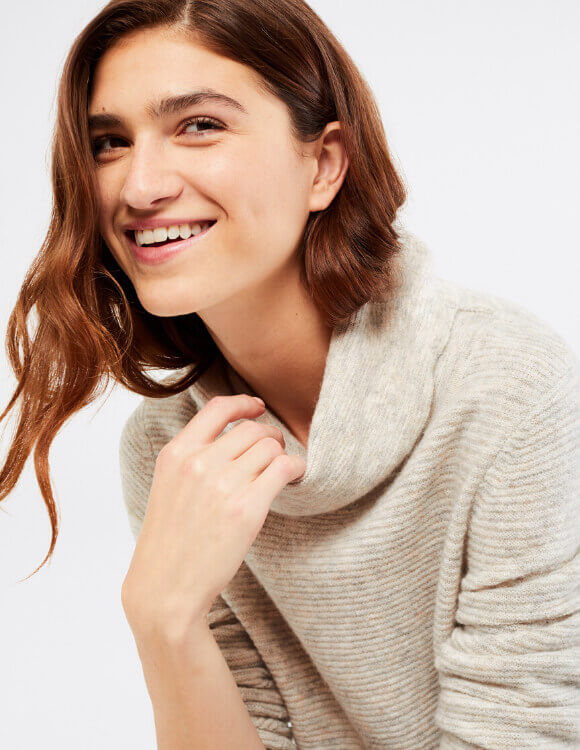 What is a Cowl Neck? – White Stuff