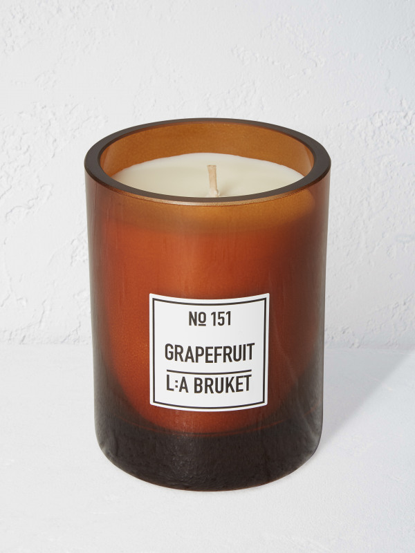 White Stuff La Bruket Candle Grapefruit