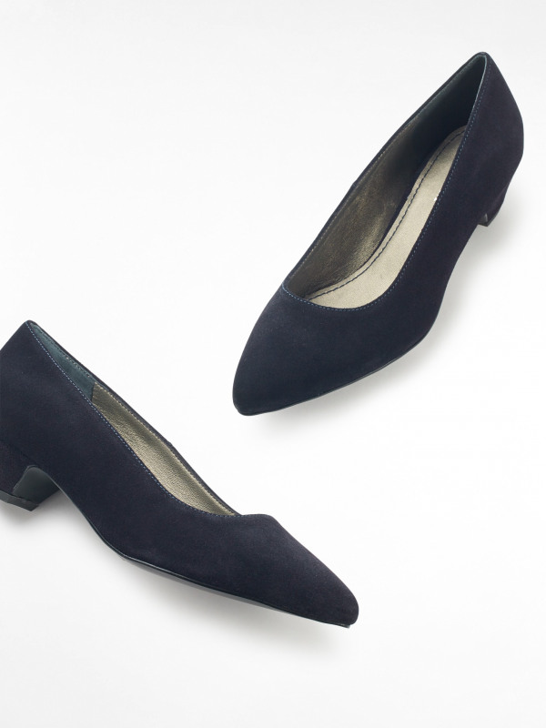 White Stuff Tracey Low Court Shoe