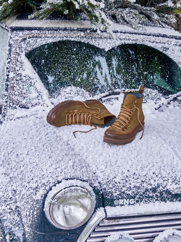 White Stuff Henry Hiking Boot