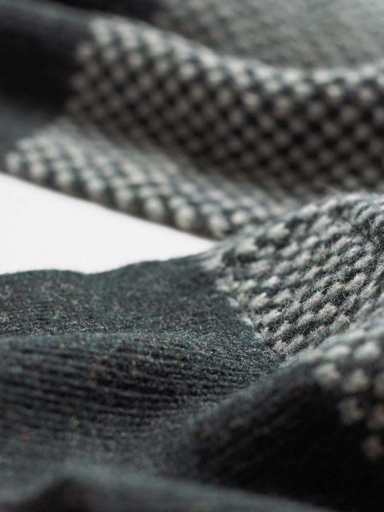 Glenn Texture Plain Scarf