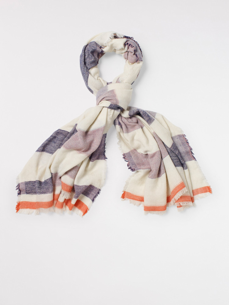 Casual Midweight Scarf