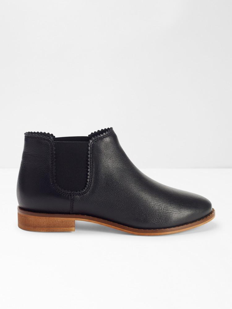 Emma Chelsea Boot