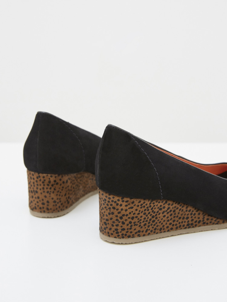 Issy Wedge Court Shoe