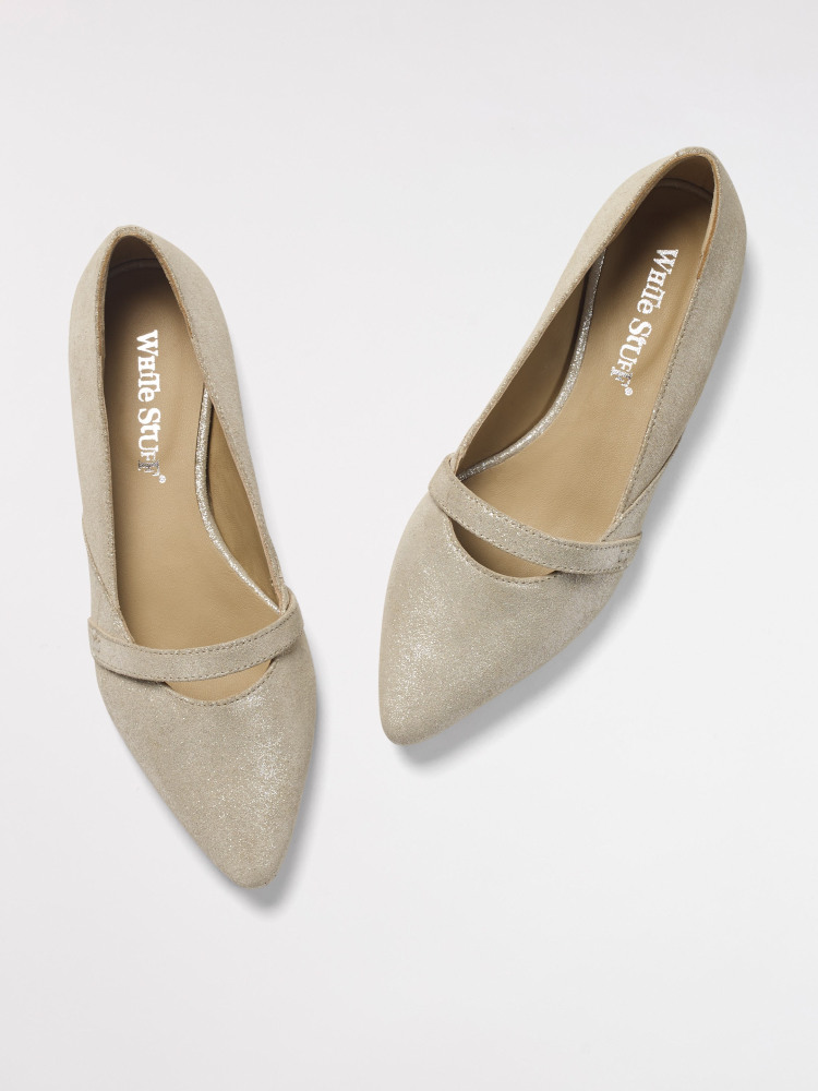 Jennie Pointed Shoe