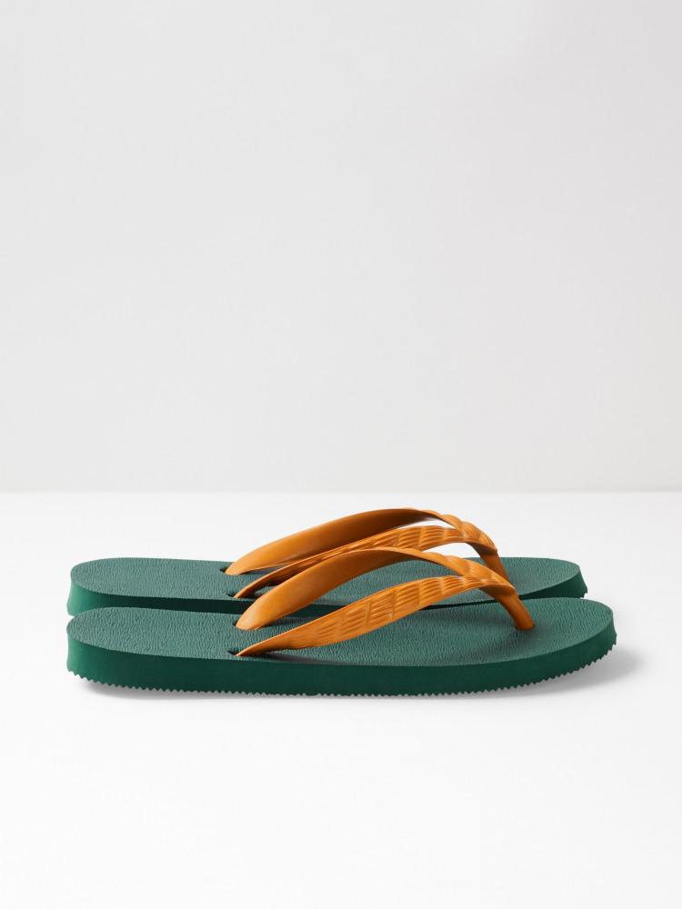 Tsukumo Flip Flop