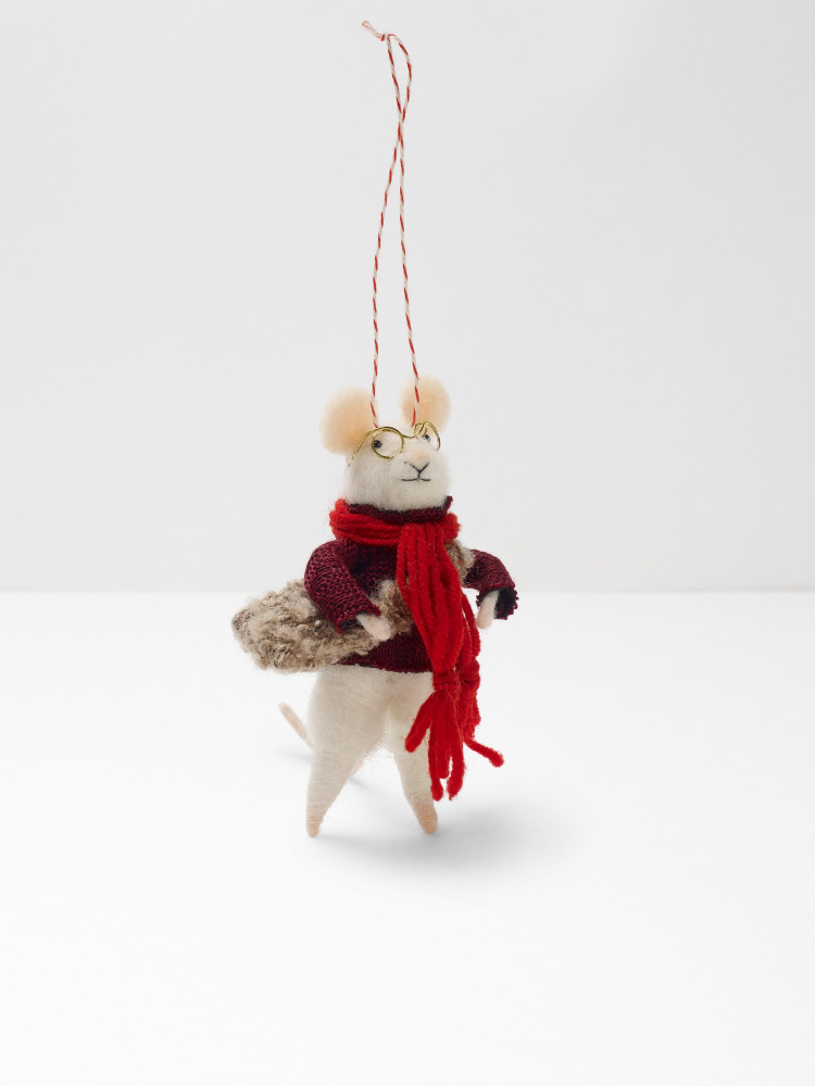 Morris Mouse In A Coat