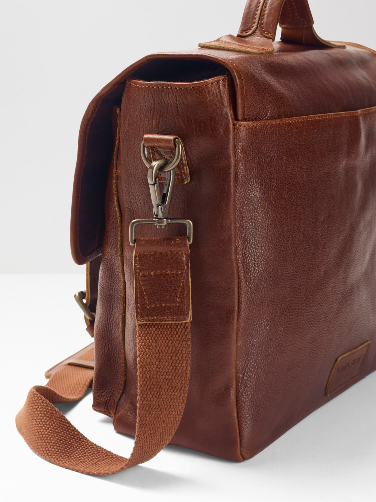Arthur Leather Messenger Bag