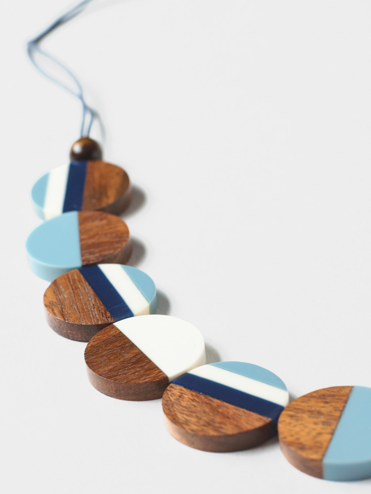 Stripe Wood Circle Necklace
