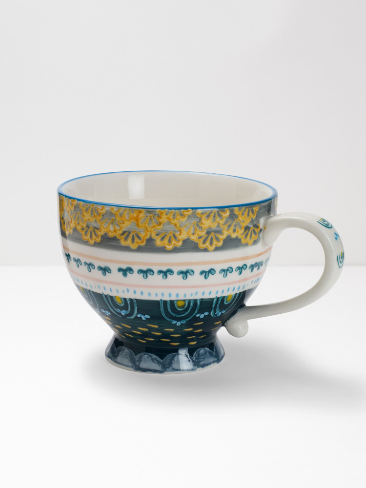 Grey Scallop Decorative Mug