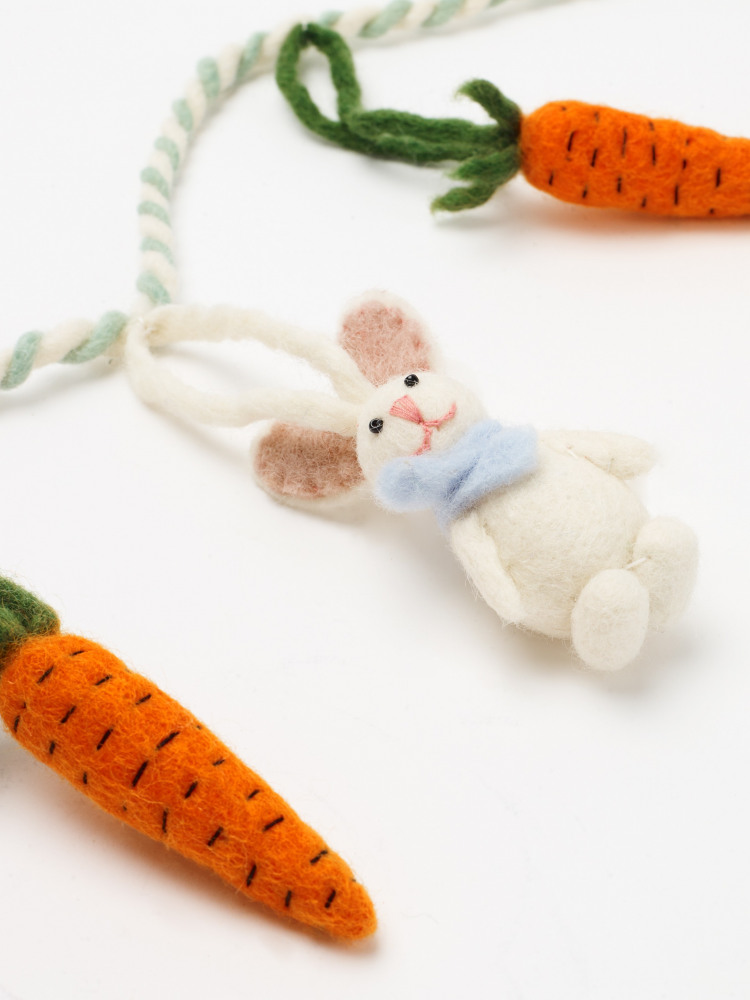Easter Bunny Carrot Garland