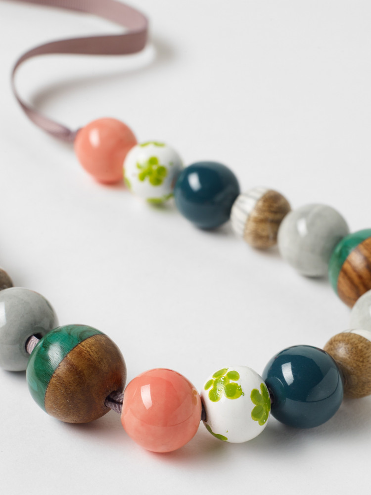 Palm Mixed Bead Necklace