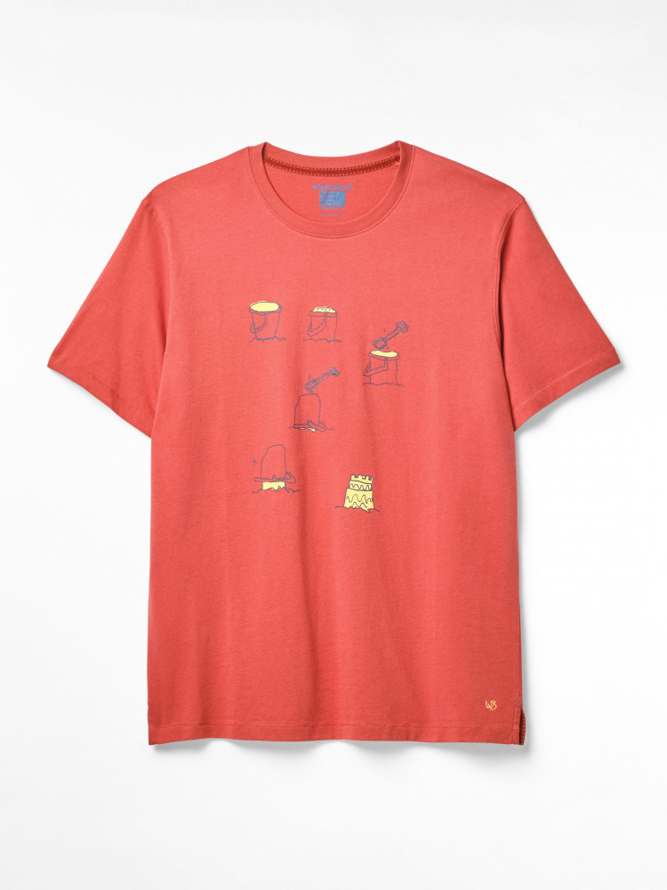 Building Castles Graphic Tee