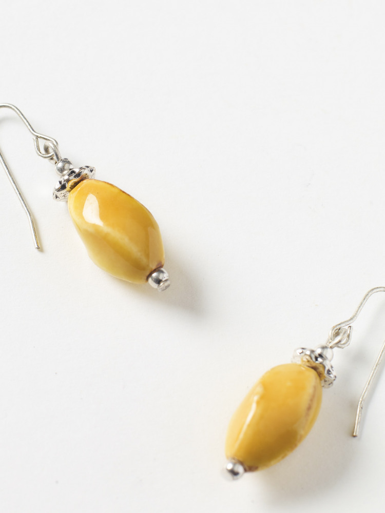 Ceramic Twist Earring