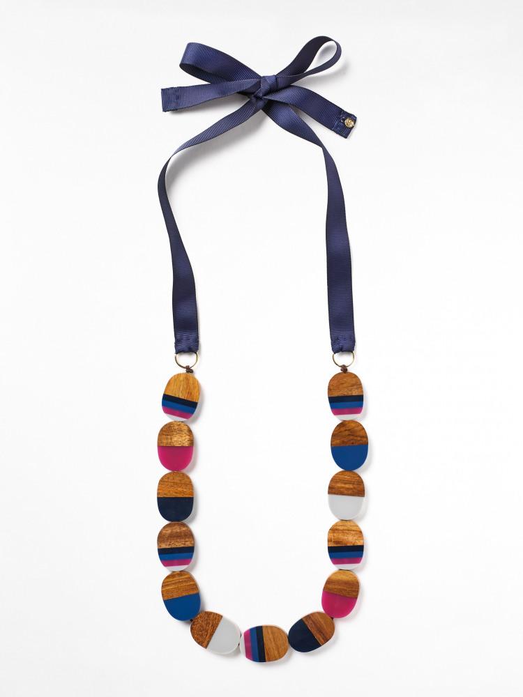 Gothenburg Wood Resin Necklace