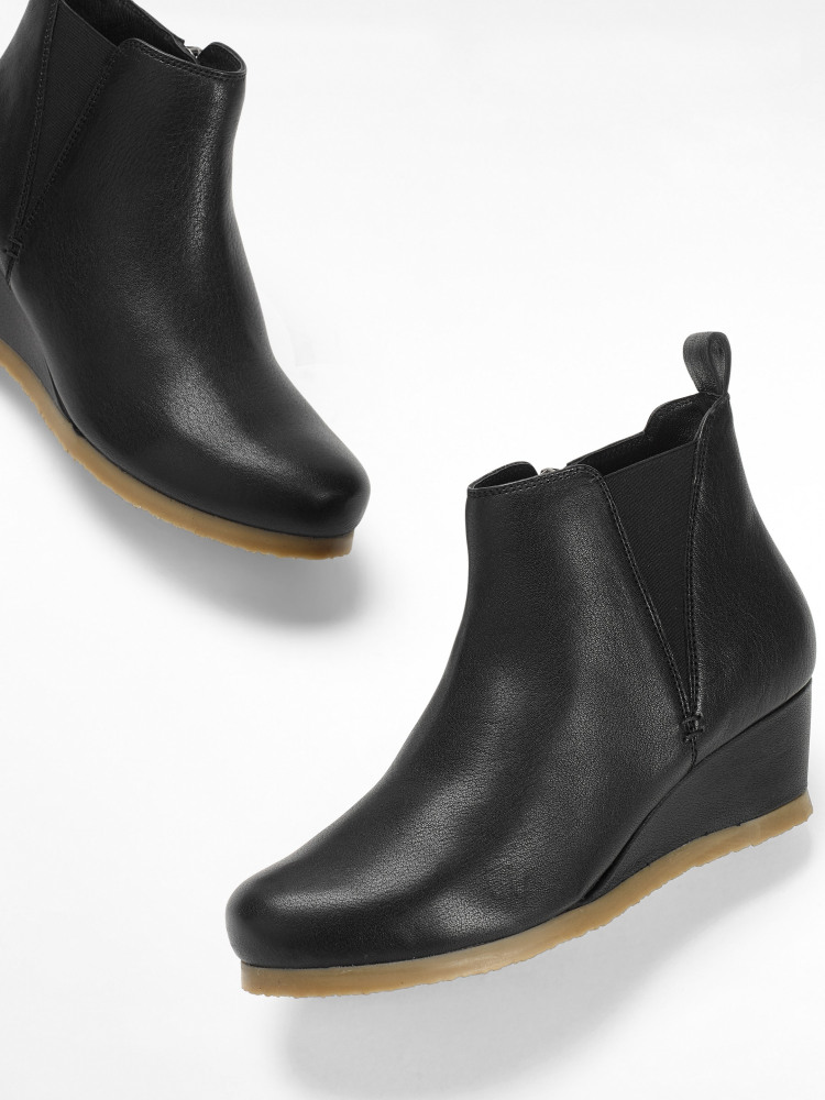 Issy Leather Ankle Boot
