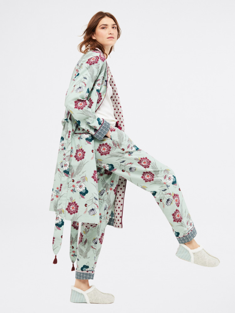 Trailing Flower Unlined Robe