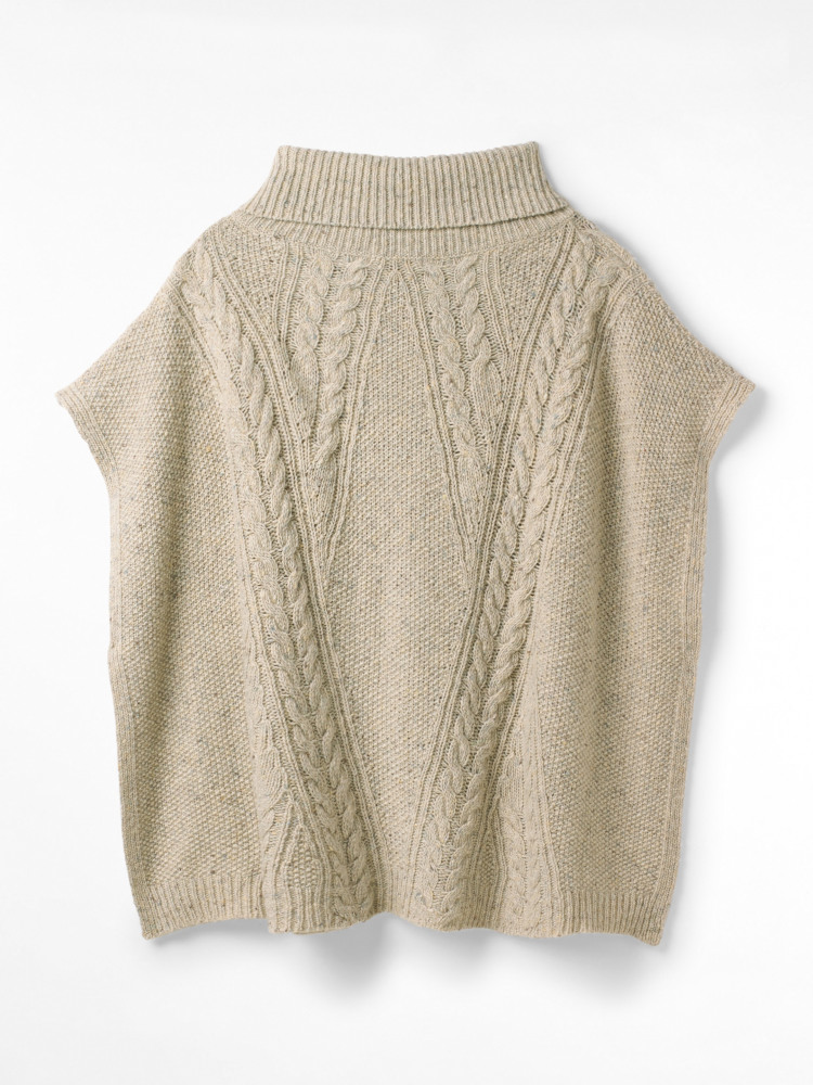 Chunky Cable Poncho