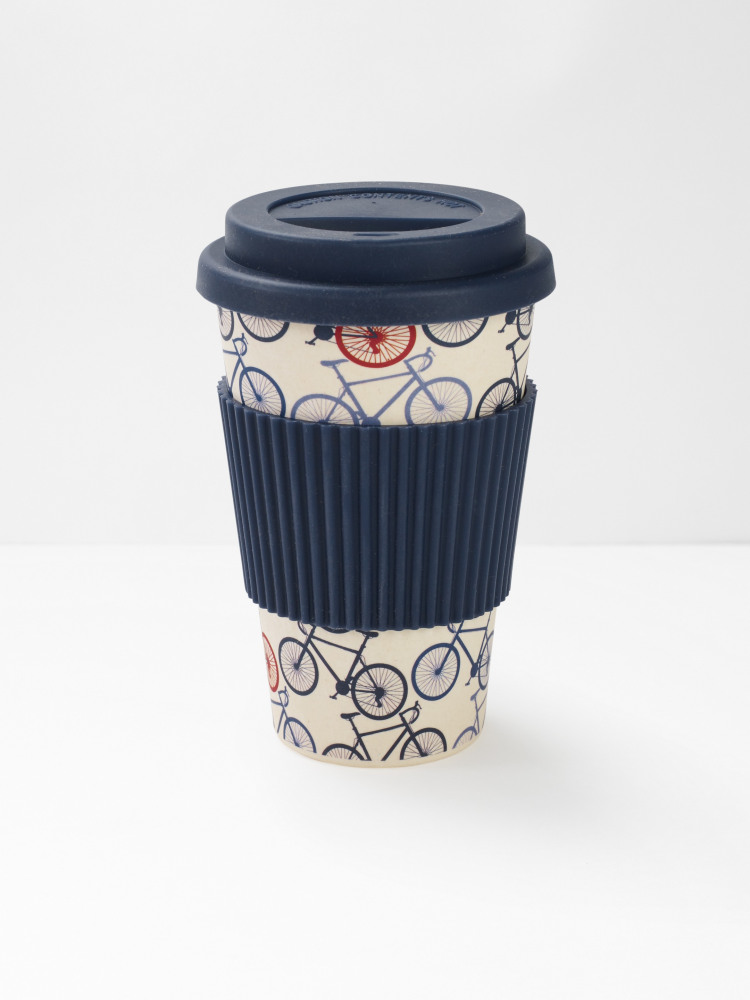 different types of coffee cups.American, Express and Mexican