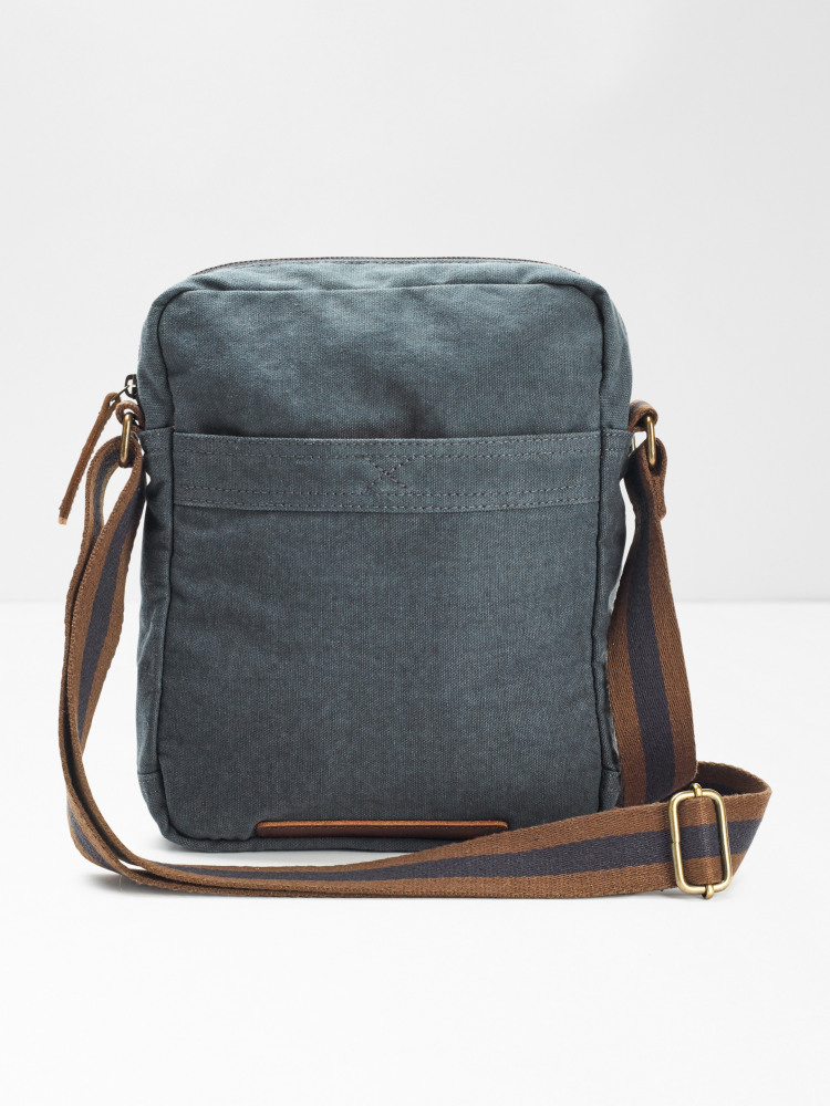 Buzz Organic Cotton Crossbody