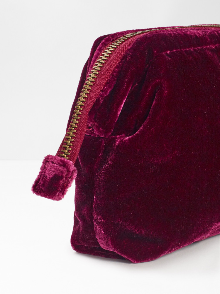 Plain Frame Velvet Makeup Bag