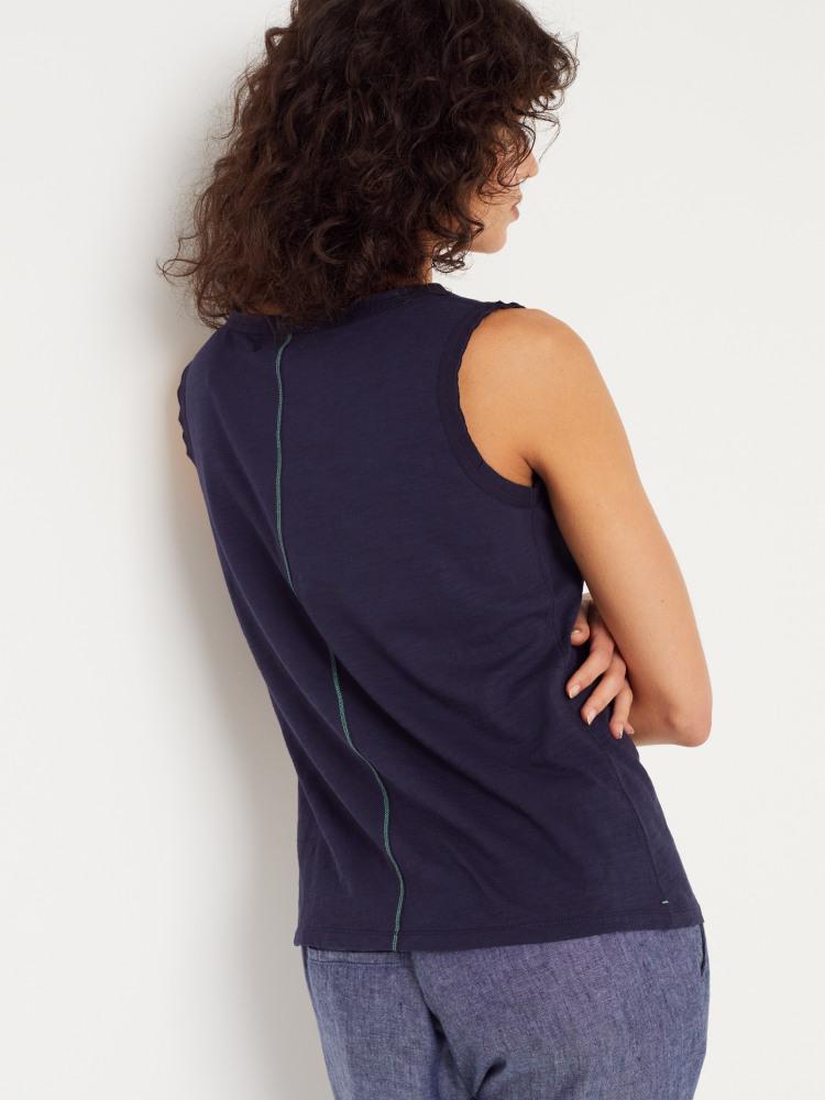 Travels Jersey Vest
