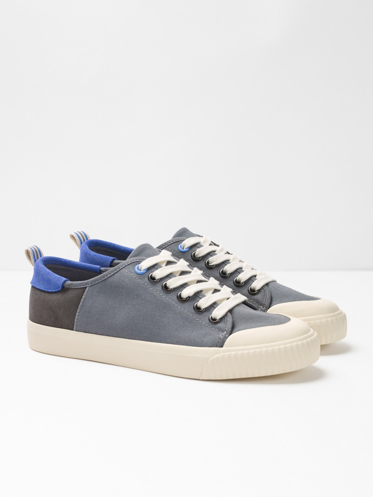Lisa Lace Up Trainer