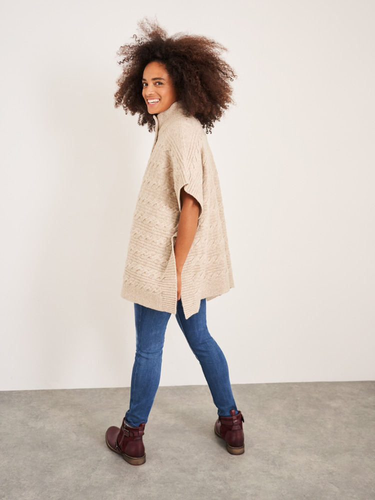Maple Cable Poncho