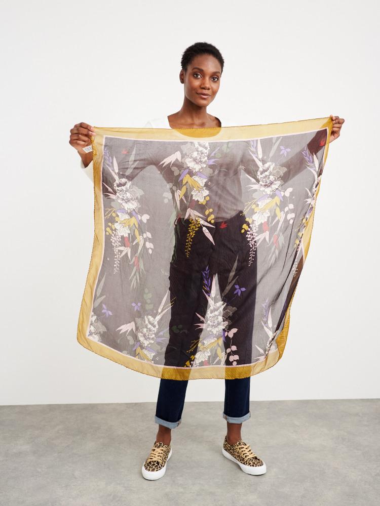 Square Pleat Silk Scarf