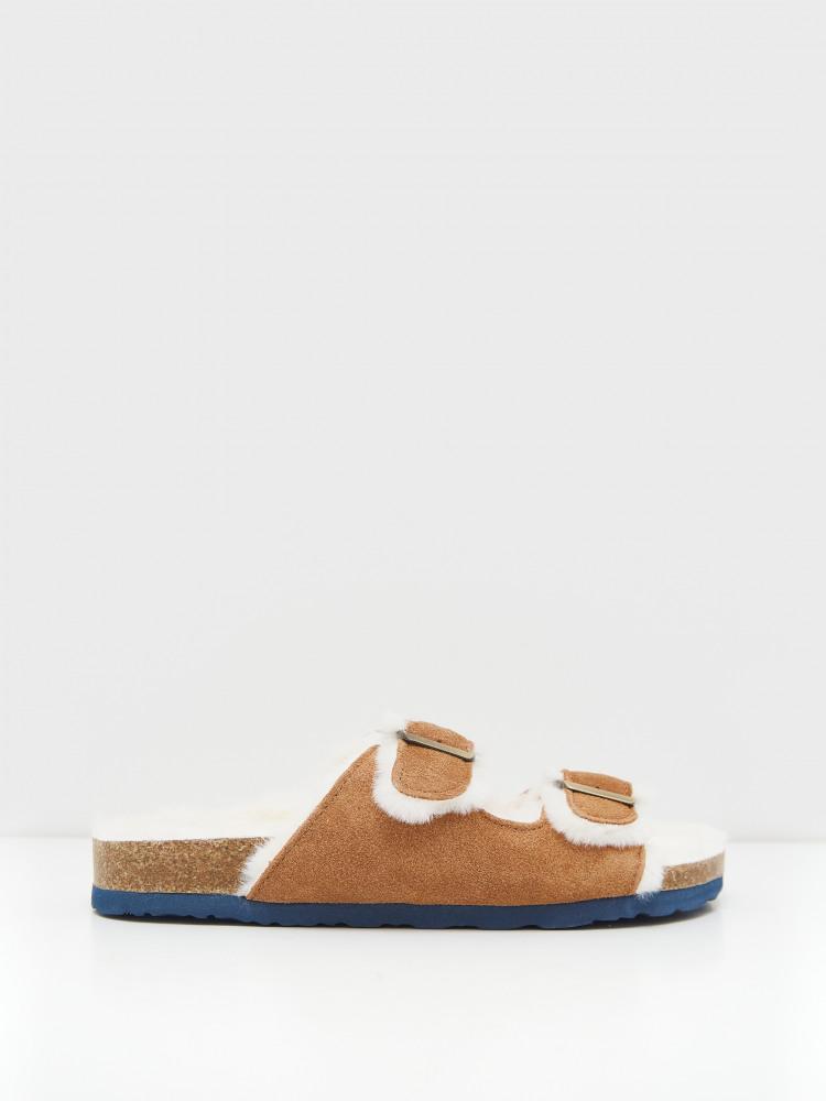 suede footbed