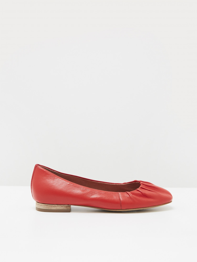 Ruched Leather Ballerina